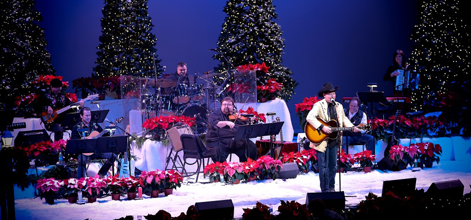 holiday concert, Rady Children's Hospital benefit, Carols by Candlelight